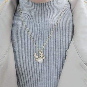 Pearl Deer Necklace (Gold)